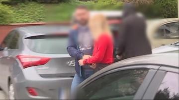 Para 17-latków miała zadać sąsiadowi 15 ciosów siekierą w głowę, a później upozorować wypadek