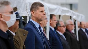 """""""Czy minister Piontkowski przez dwa miesiące sobie bimbał?"""