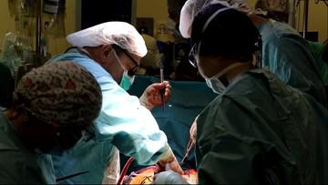 Dwa przeszczepy serca w trzy dni. Jednym z biorców 26-latek po COVID-19