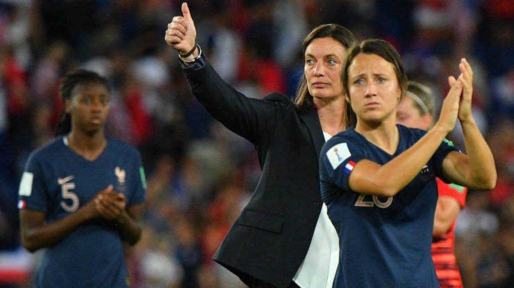 Pandemia koronawirusa zagraża istnieniu kobiecej piłki nożnej