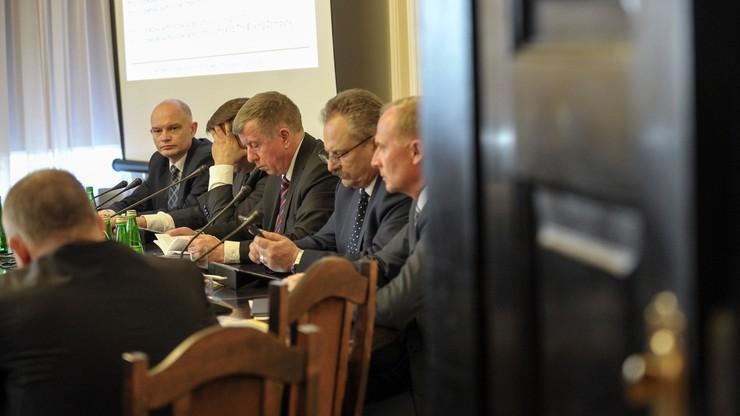 Sejmowe komisje przeciw rejestrowi lotów z najważniejszymi osobami w państwie