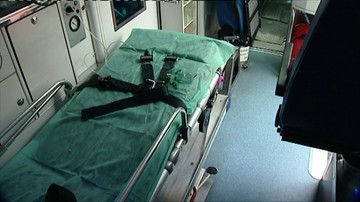 Karetka wioząca pacjenta zderzyła się z autem osobowym. Pięć osób rannych