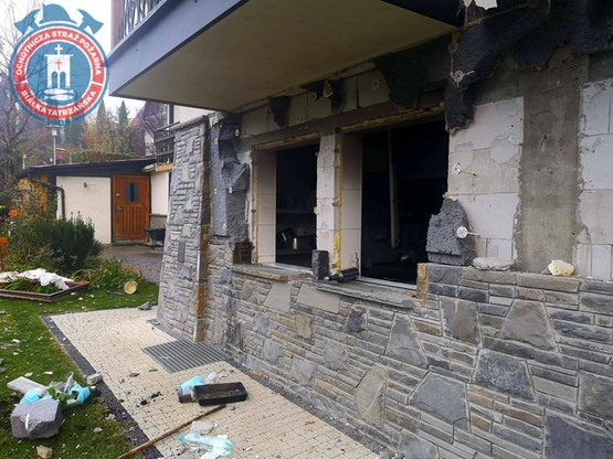 Po wybuchu w Białce Tatrzańskiej. Cztery osoby zostały poparzone. Dwie są poważnie ranne, a jedna jest w ciężkim stanie