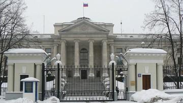 """Ambasada Rosji w Polsce tweetuje o """"wyzwalaniu"""" Polski w 1945 roku"""