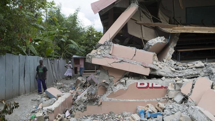 17 ofiar trzęsienia ziemi na Haiti; ponad 300 rannych