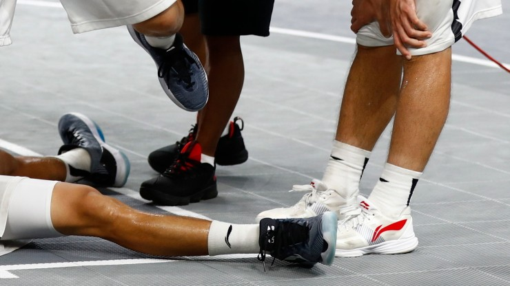 NBA: koszykarze mogą nosić kolorowe buty