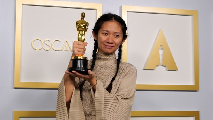 "Oscary 2021. ""Nomadland"" najlepszym filmem. Frances McDormand i Anthony Hopinks nagrodzeni"