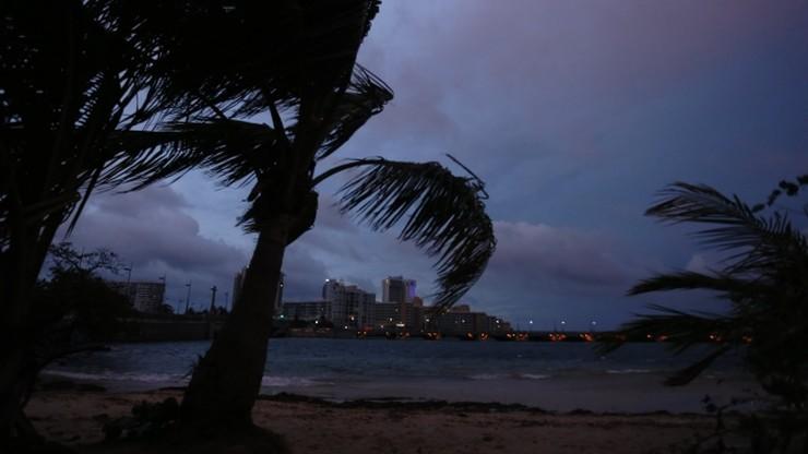 Huragan Maria pustoszy Wyspy Dziewicze i zbliża się do Portoryko