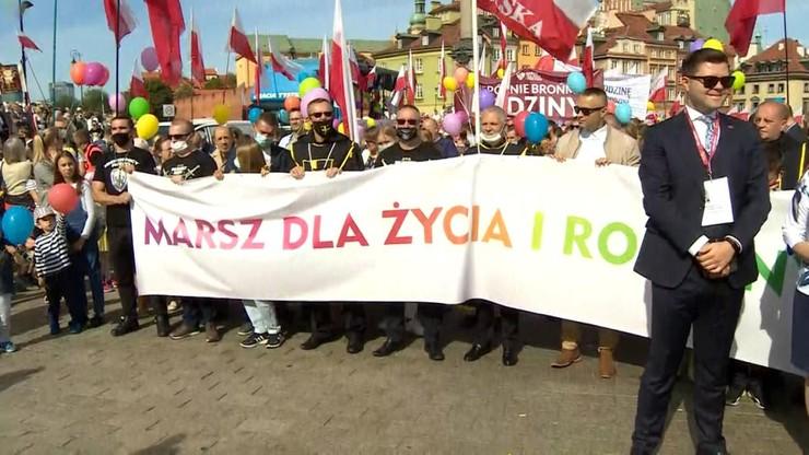Marsz dla Życia i Rodziny w Warszawie. Prezydent Duda wśród uczestników
