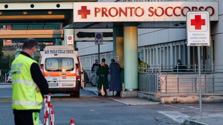 """Włochy. """"Sytuacja w szpitalach jest dramatyczna"""""""