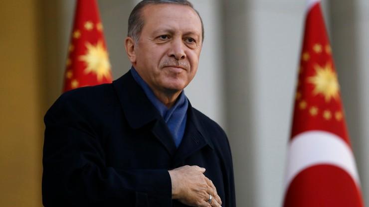 Duda rozmawiał z Erdoganem. M.in. o przebiegu tureckiego referendum