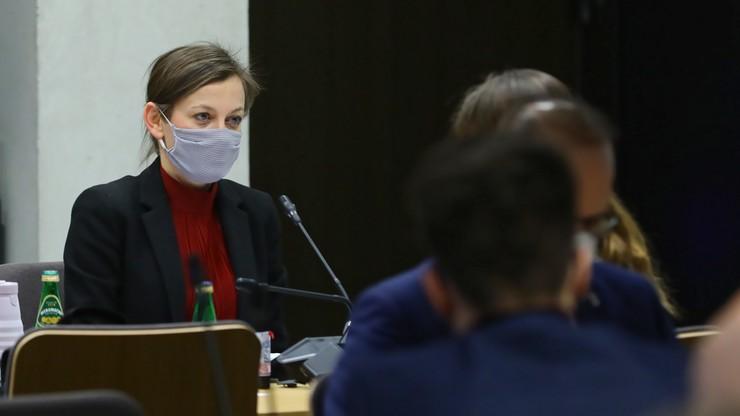 """Koalicja Obywatelska dalej popiera Rudzińską-Bluszcz: """"Nie kombinujcie, wybierzcie ją"""""""