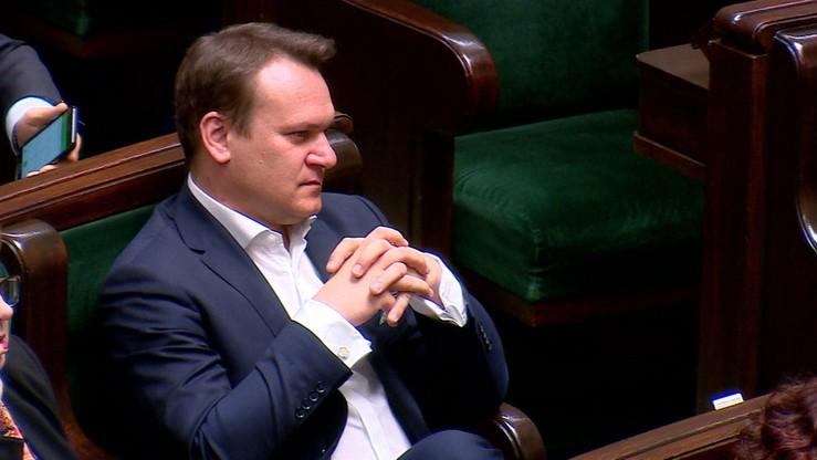 Komisja za uchyleniem immunitetu Dominikowi Tarczyńskiemu z PiS