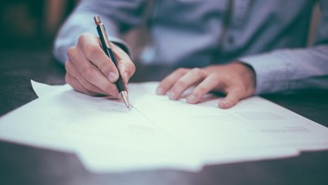 Rząd przyjął projekt ustawy, która ma chronić nabywców nieruchomości