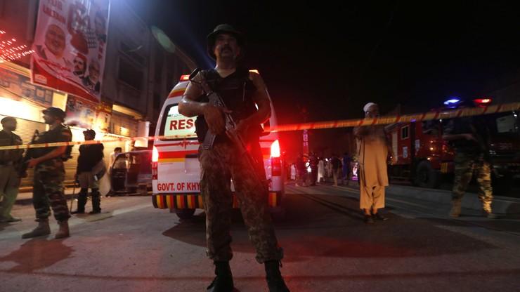 Samobójczy zamach w Pakistanie. Nie żyje 20 osób