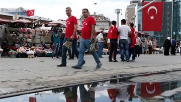 Turcja zawiesza w obowiązkach ok. 6,5 tys. pracowników szkolnictwa