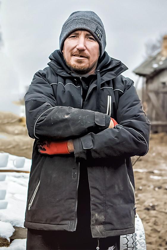 """2021-05-06 """"Rolnicy. Podlasie"""" - sezon 3, odcinek 9: Nowe ogrodzenie - fokus.tv"""