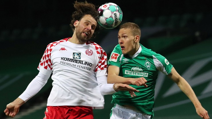 Bundesliga: Wszystkie kluby udadzą się na izolację
