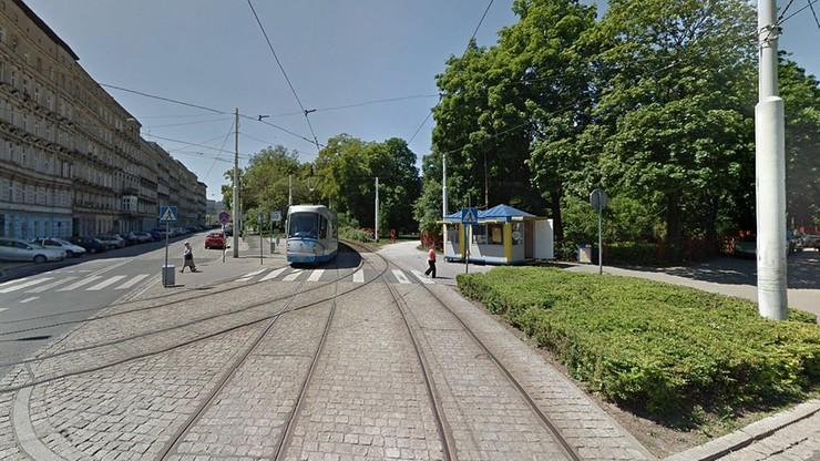 Zmumifikowane zwłoki kobiety w mieszkaniu we Wrocławiu. Syn mógł mieszkać ze zmarłą matką kilka lat