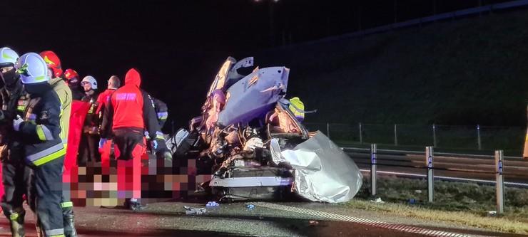 Tragiczny wypadek na A1. Nie żyją dwie osoby