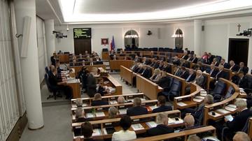 Senat przyjął bez poprawek nowelę ustawy o IPN. Senatorowie opozycji opuścili salę obrad