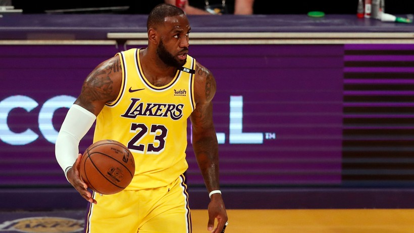 """NBA: LeBron James zmienił zdanie. """"To najlepsze nie tylko dla mnie, ale i dla mojej rodziny"""""""