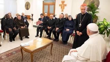 Franciszek: martwi mnie homoseksualizm wśród księży i zakonników