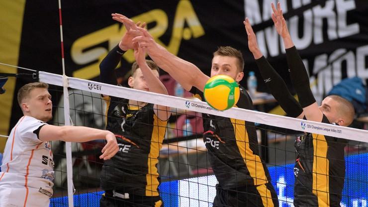 Szok w pierwszym secie! Siatkarze PGE Skry wymęczyli zwycięstwo w meczu z Lindemans Aalst