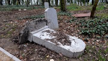 Szczecin: wandale zniszczyli ponad 100 płyt nagrobnych z XIX w.