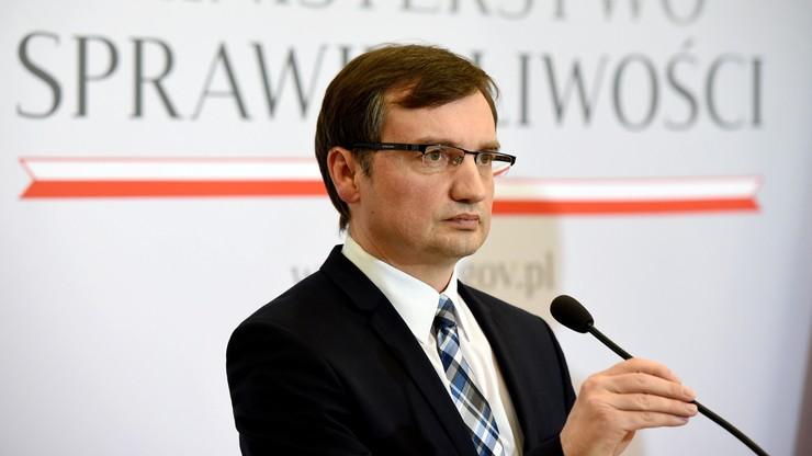 """Polskie wątki """"Panama Papers"""" zbada specjalny zespół Ministerstw Finansów i Sprawiedliwości"""