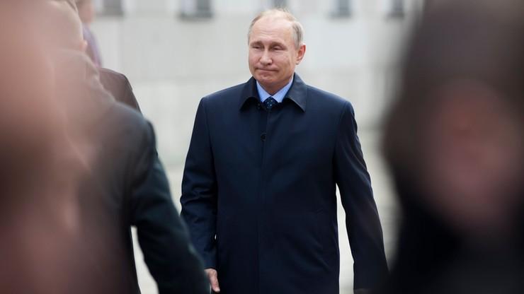 Putin poparł plan sprawdzenia doniesień nt. prześladowania homoseksualistów
