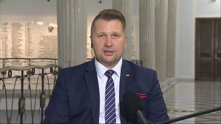 Ponad 88 tys. osób podpisało petycję o odwołanie ministra Czarnka