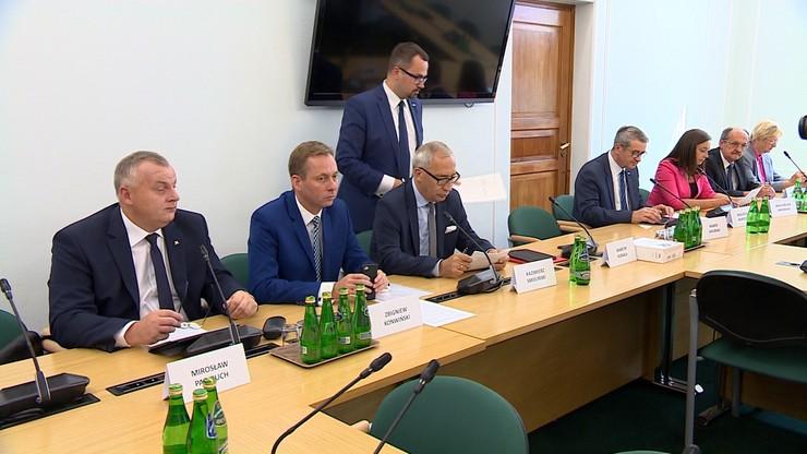 Komisja śledcza ds. VAT wezwała pierwszych świadków. Są wśród nich Rostowski i prof. Modzelewski