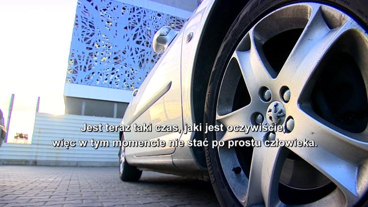 Kupili auta, ale nie mogą nimi jeździć. Przez cudze długi