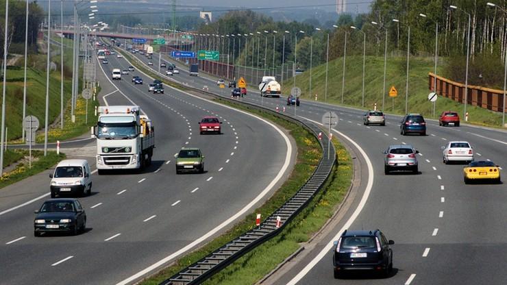 Dodatkowe zakazy wyprzedzania dla ciężarówek na autostradzie A4