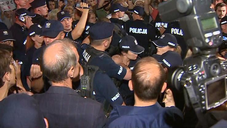 """""""Rz"""": policja przygotowuje zmiany dotyczące identyfikatorów funkcjonariuszy"""