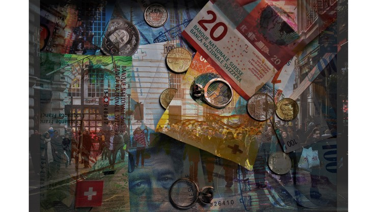 Trzy tysiące złotych za kilka stron dokumentów. Problemy frankowiczów w sądach