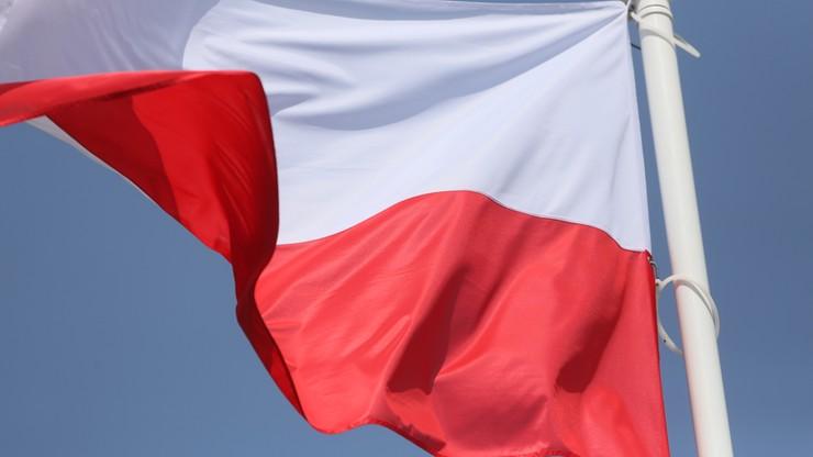 Holendrzy złożyli hołd polskim lotnikom. Osuszono fragment morza, by wydobyć ich ciała