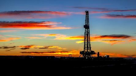 Kalifornia od 2045 roku całkowicie kończy z wydobyciem ropy naftowej