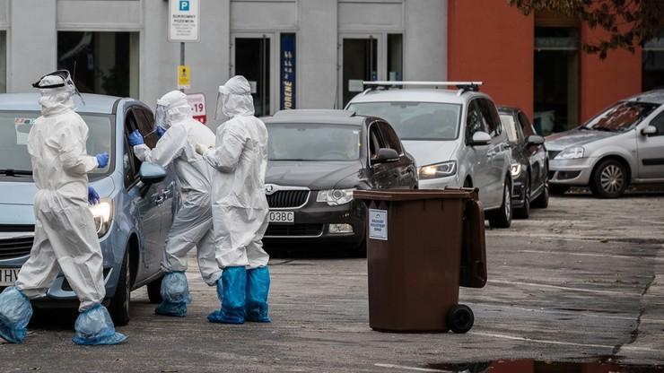 Poszedł na test na koronawirusa. 62-latek zmarł w kolejce