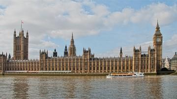 Brytyjski rząd chce przyspieszenia negocjacji w sprawie Brexitu