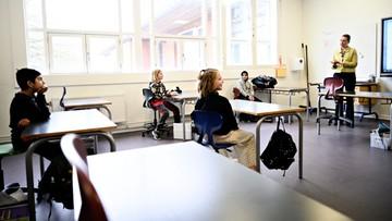 """Otwierają szkoły, uczniowie siedzą w domach. """"Nasze dzieci to nie króliki doświadczalne"""""""
