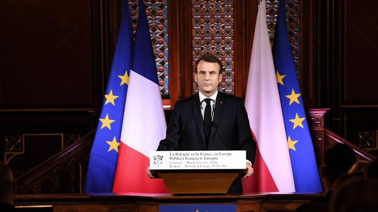 """""""Są pokusy w Polsce, żeby wykreślić datę 1989 r."""". Wykład Macrona w Krakowie"""
