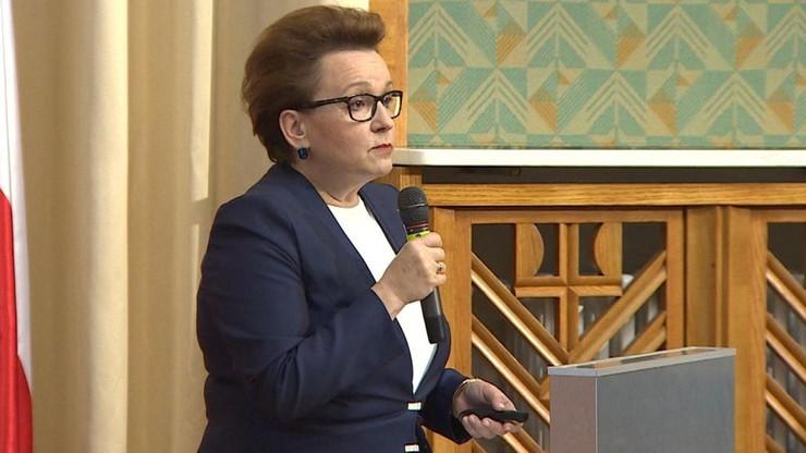 """""""Reforma edukacji to eksperyment na dzieciach"""". SLD domaga się dymisji minister Zalewskiej"""