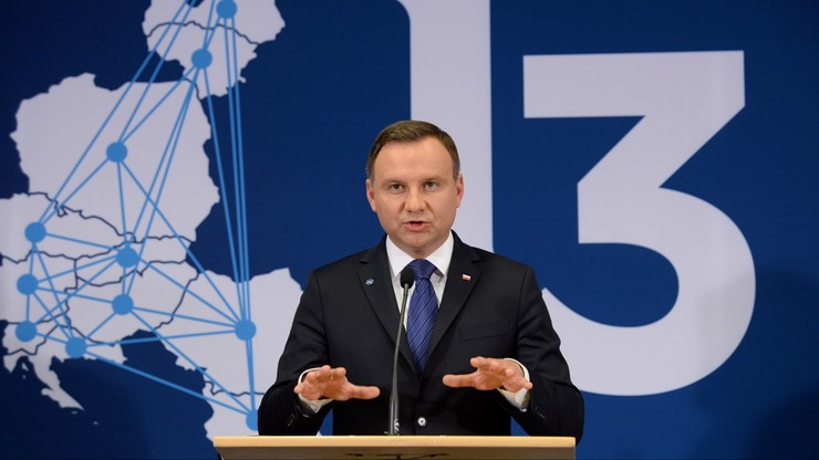 Prezydent o rosyjskich manewrach: bez emocji, natomiast z dużą uwagą to obserwujemy
