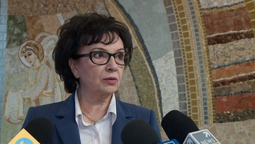 Marszałek Sejmu wstrzymuje podróże zagraniczne posłów