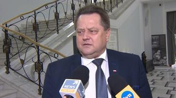 """PO chce dymisji Zielińskiego i podlaskiego komendanta policji. Za """"konkurs na najlepszy anonim"""""""