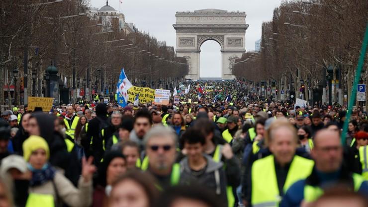 "Francja: ok. 40 tys. osób na protestach ""żółtych kamizelek"""