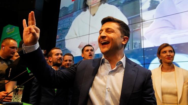 Zełenski oskarża Centralną Komisję Wyborczą o opóźnianie ogłoszenia wyników wyborów