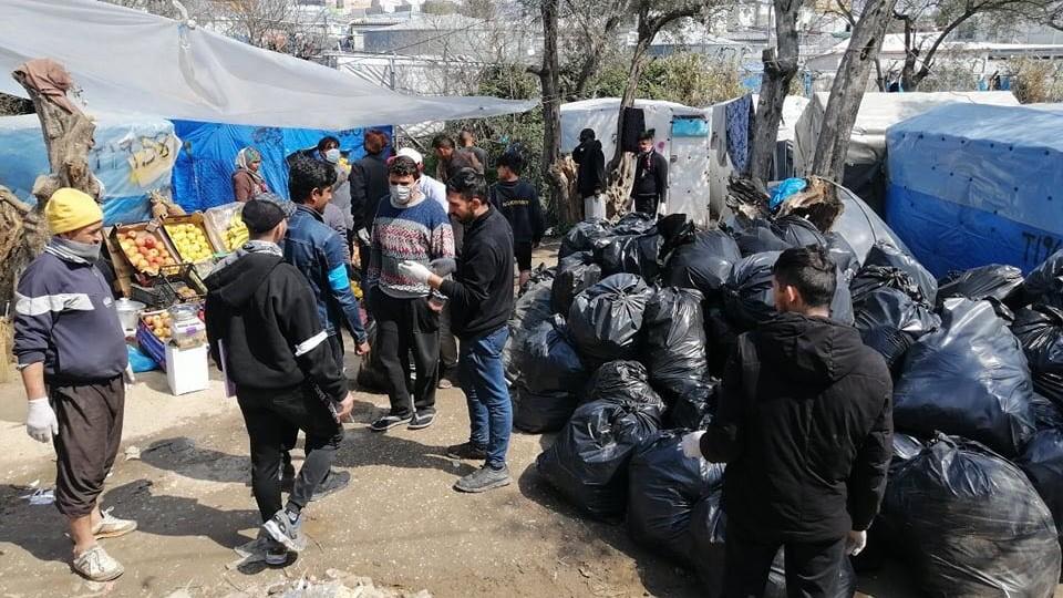 Uchodźcy na greckiej wyspie Lesbos obawiają się koronawiruse